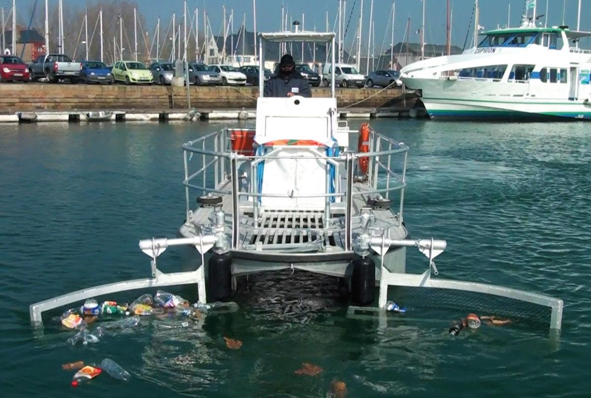 Catamaran pollution prevention boat